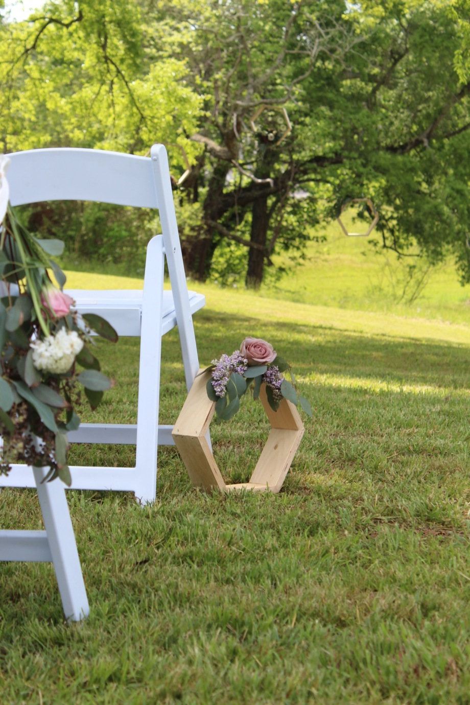 Modern_Wedding_Chickamauga_Dusty_Lavender_Chattanooga_Florist_Lang_Floral_Designs