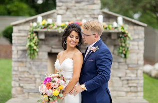 Fuschia, Coral, Peach Flowers. Latin Wedding at The Venue Chattanooga. Stephanie Lang, Lang Floral Designs
