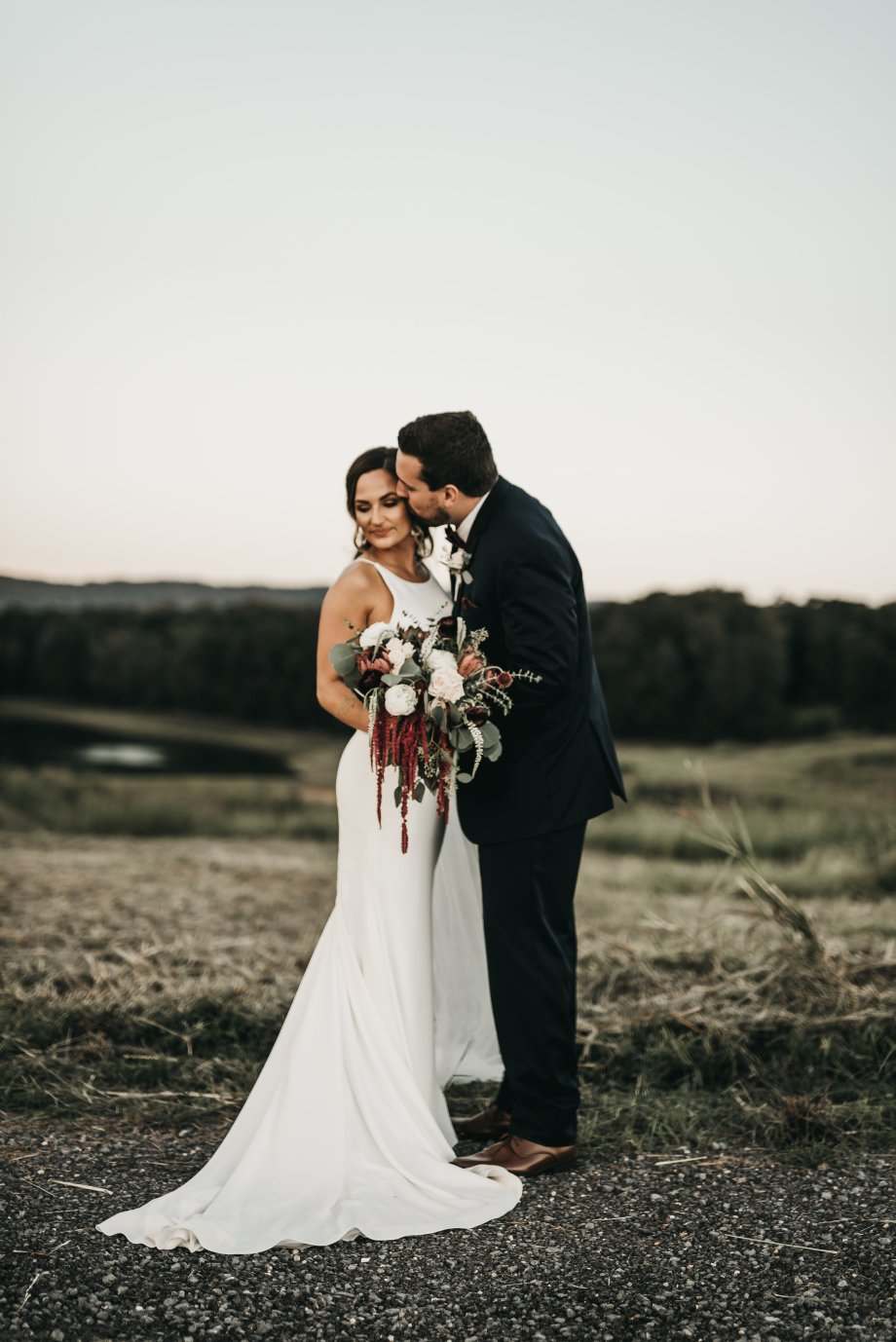 Burgundy_Fall_wedding_flowers_Lang_Floral_Designs_Chattanooga_Howe_Farms_859