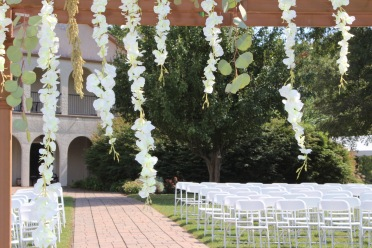 Romantic_Blue_White_Wisteria_Arbor_Tennessee_River_Place_Chattanooga_Wedding_Florist_Lang_Floral_Designs_6