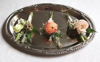 Fall_Boho_Boutonierres_Chattanooga_Wedding_Flowers_Lang_Floral_Designs