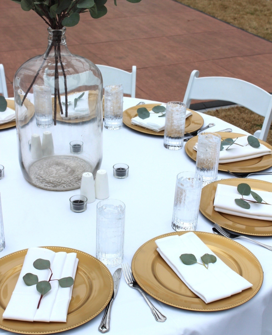 Wedding Decor Rentals, Gold Chargers, Lang Floral Designs, Chattanooga Wedding Decor