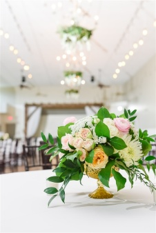 Romantic_Blush_Wedding_Flowers_Garden_Wedding_Chattanooga_Wedding_Florist_Lang_Floral_Designs_Centerpieces_11