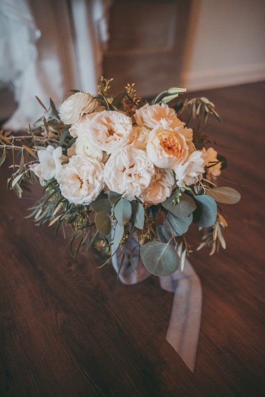 White_Wedding_Flowers_with_Greenery_Garden_Wedding_Chattanooga_Wedding_Florist_Lang_Floral_Designs_Bouquet_2